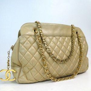 Auth Chanel Matrasse Leather CC Charm Shoulder Bag